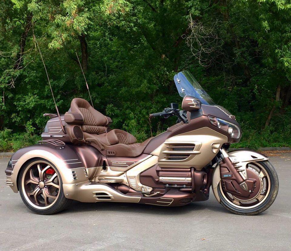 тюнинг мотоциклов , очень дорогой тюнинг , эксклюзивная покраска мотоциклов , luxury gold wing , самый дорогой мотоцикл, трайк голд винг , трайк хонда голд винг , хонда голдвинг , тюнинг голды трайк , купить дорогой мотоцикл , голдвингфетиш , самый крутой тюнинг голд винга , самый роскошные мотоциклы , роскошный мотоцикл , роскошный трайк , лимитированный трайк , эксклюзивный тюнинг мотоциклов , эксклюзивная покраска трайков , эксклюзивная голда , необычный голд винг , honda gold wing тюнинг , проект Luxury Gold WIng , музыка на голд винг , покраска голд винг , перешивка кожей голдвинг , перешить салон голд винг , эксклюзивная покраска трайков , разработка дизайна мотоцикла голд винг , трайк голд винг , подсветка на голд винг , новые технологии голд винг , голда для богатых , лимитрованная голда , тюнинг ателье по голдам , лучший тюнинг москвы по голд винг , gl1800 покраска, gl1800 тюнинг , gl1800 подсветка , gl1800 limited edition , gl1800 honda ограниченная серия