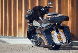 Строим , Красим , Озвучиваем Harley-Davidson